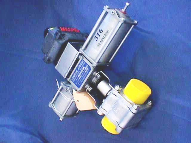 AIR ACTUATED BALL VALVE KEYSTONE TRI-CLOVER ALFA LAVAL / 43081-3218-PS2600316LP240 (70320)
