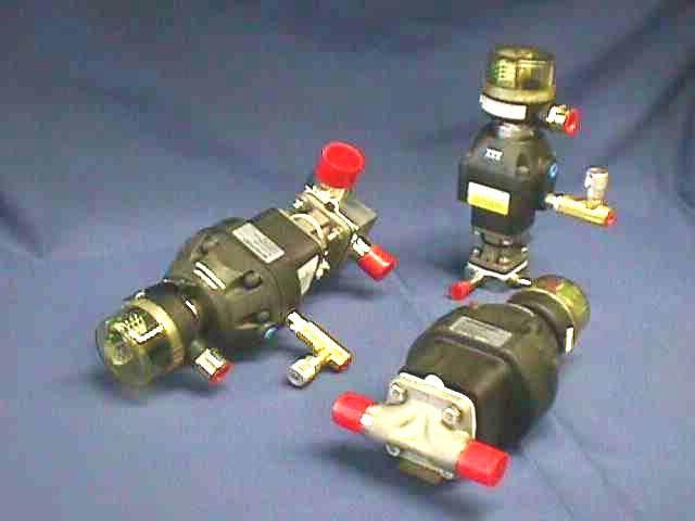 AIR ACTUATED DIAPHRAGM VALVE ITT / 1-C-SPEC 1-1-2-R2-36-A108-D202 (72079)