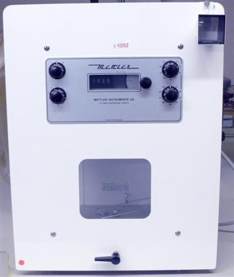 ANALYTICAL BALANCE METTLER / M5GD (1052)