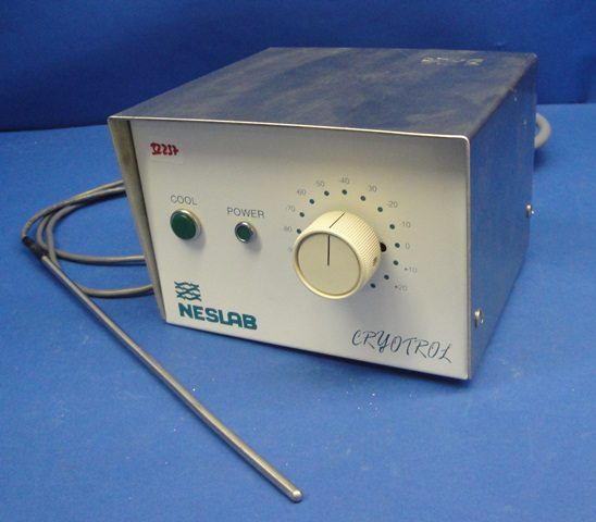 CRYOCONTROLLER NESLAB / PN 1400 (32237)