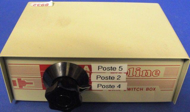 DB9 SWITCH BOX,Lot of 2 ROLINE (8932)