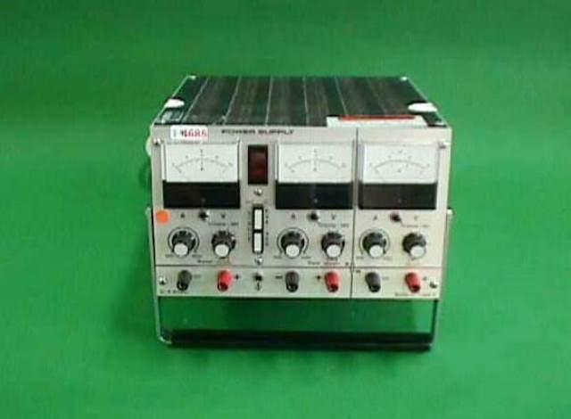 DC POWER SUPPLY WITMER / IC-TRIPLE Z (4686)