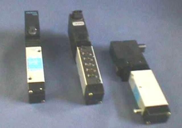 ELECTRODISTRIBUTOR,Lot of 5 FESTO / MT2H-5 / 3-4.0SVI 159449 (73578)