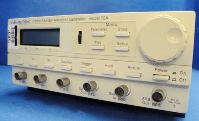 FUNCTION GENERATOR WAVETEK / 75A (32007)