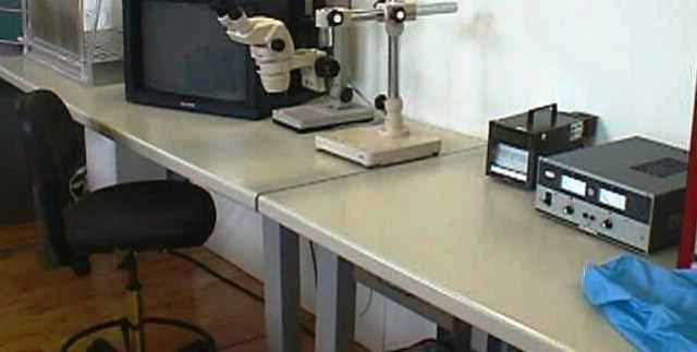 INSTRUMENTED ANTISTATIC WORKBENCH  (8700)