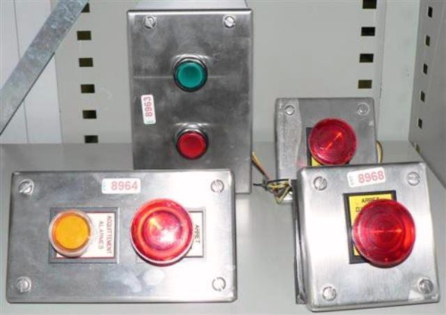 LIGHTED SWITCH BUTTON  (8964)