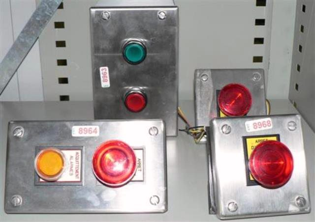 LIGHTED SWITCH BUTTON  (8968)