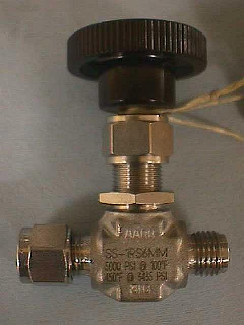 MANUAL NEEDLE VALVE,Lot of 5 ARBOR-WHITEY / SS1RS6MM (70459)
