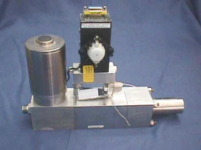 MASSIC FLOWMETER CONTROLLER SIERRA-CONTREC / SIDE-TRACK-840-H-4-OV1-SV1-D-V4-S4 (70293)