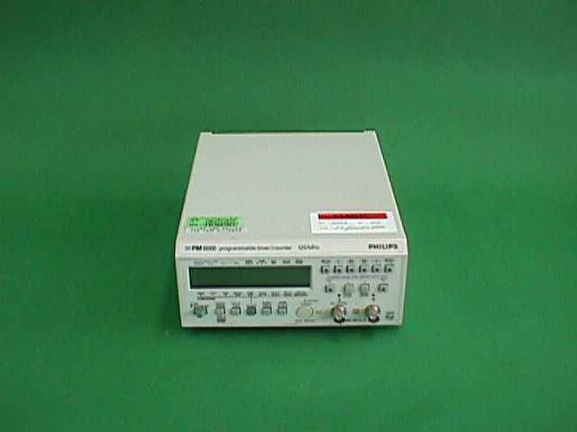 PROGRAMMABLE TIMER COUNTER PHILIPS / PM 6666 17 (4622)