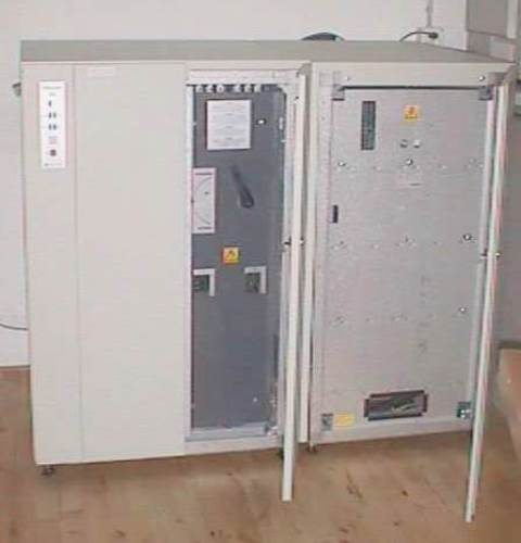 UNINTERRUPTIBLE POWER SUPPLY UPS INVERTER EATON / SERIES 9300 (1647)