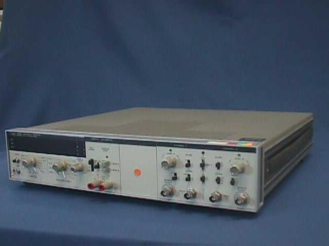 UNIVERSAL DIGITAL COUNTER AGILENT HP / 5328A (926)