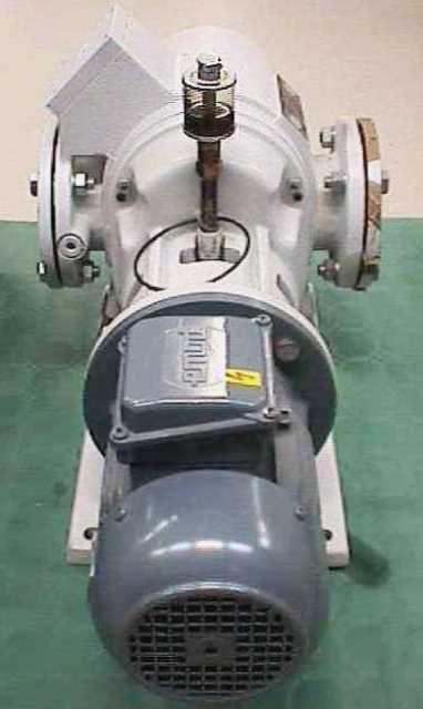 VACUUM PUMP LEYBOLD / RUVAC WAU 151 (2376)