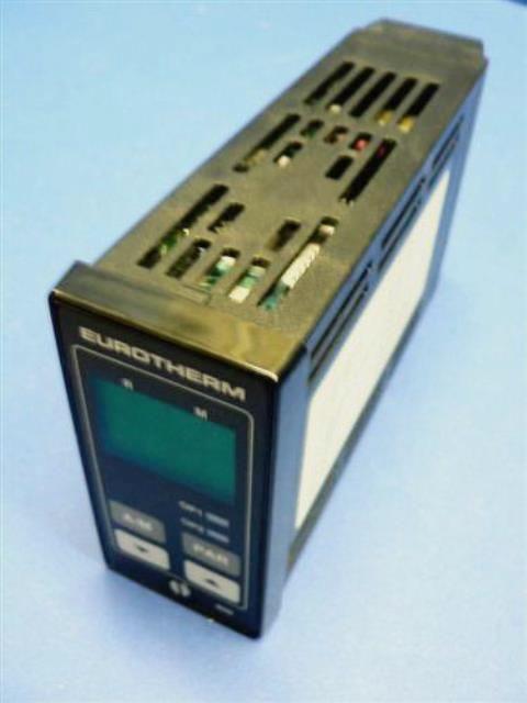 CONTROLLEUR PROGRAMMABLE EUROTHERM / 808 L1 (32501)