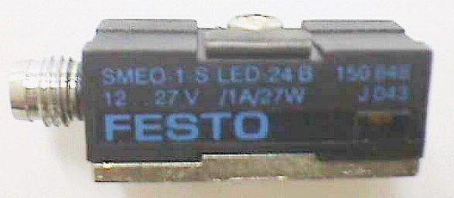 DETECTEUR PROXIMITE MAGNETIQUE,Lot de 4 FESTO / 150853 SME-3-SL-LED-24B (73918)