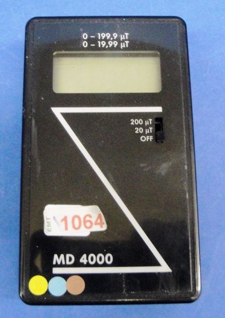 MESURE CHAMP MAGNETIQUE MD 4000 (1064)