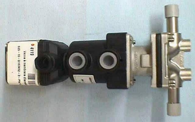 VANNE MEMBRANE PNEUMATIQUE,Lot de 2 GEMU / 625-10-D163-452-3-PN16-DN10 (74119)